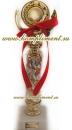 Кубок (на узкой ножке красного цвета)